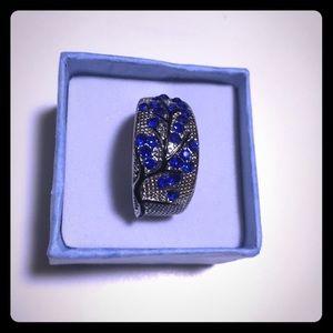 Vivid Blue Sapphire Gems Silver Ring